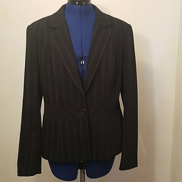 factory price size 7 look good shoes sale Womens size 14 next black pinstripe blazer.